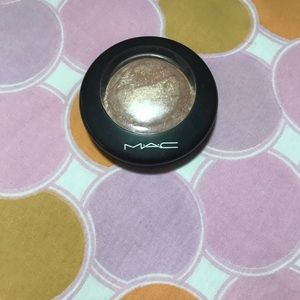 M•A•C Mineralized SkinFinish
